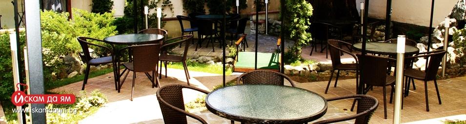 cover 4 кафе-ресторант-галата