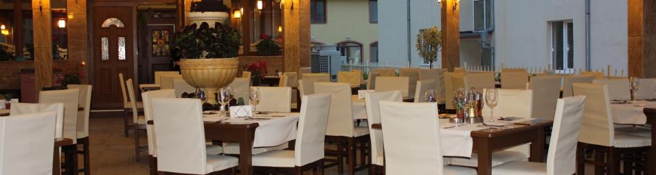 cover 2 restaurant-siana